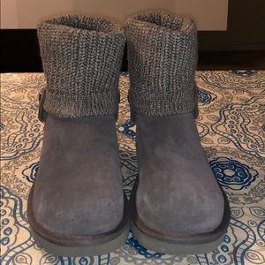 UGG GOOD CONDITION Grey Saela Rib-Knit Cuff Boot